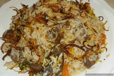 Shahi yakhni pulao. Indian Snacks, Indian Food Recipes, Asian Recipes, Ethnic Recipes, Mutton Korma, Punjabi Food, Good Food, Yummy Food, Vegetable Stew