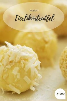 Eggnog truffle homemade - Pralinen - For Life Food Strawberry Crepes, Strawberry Cake Recipes, Sweet & Easy, Homemade Truffles, Xmas Food, Easy Cookie Recipes, Food Cakes, Holiday Desserts, Food Porn