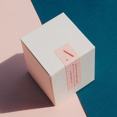 New furniture & homeware finds Summer scents from Arum Perfume Packaging, Candle Packaging, Beauty Packaging, Jewelry Packaging, Candle Branding, Cookie Packaging, Tea Packaging, Packaging Stickers, Print Packaging