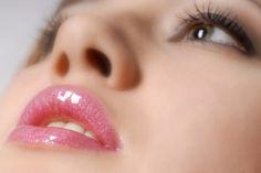 होठों की सुंदरता कैसे बढ़ाएं Beauty Tips In Hindi, Beauty Tips For Skin, Beauty Skin, Beauty Hacks, Beauty Secrets, Diy Beauty, Tips For Pink Lips, Tumblr, Lip Care Tips