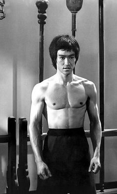 Bruce Lee in Enter The Dragon. You have offended my Family, and you have Offended the Shaolin Temple. Martial Arts Movies, Martial Artists, Jackie Chan, Bruce Lee Martial Arts, Bruce Lee Quotes, Jeet Kune Do, Brandon Lee, Enter The Dragon, Hollywood Actor