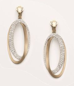 Brand: Antonini Milano. Black & White: natural white gold and black or white diamonds. A sophisticated design but easily to be used day & night.