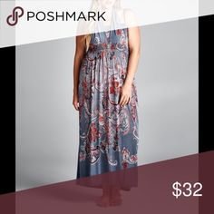 """✨Coming Soon! 4X Plus Gray Paisley Maxi Dress! This lightweight maxi features a flowing skirt and cinched-in waist to emphasize feminine curves. The richly hued motif makes chic style an effortless affair. 56'' long from high point of shoulder to hem. 4X fits Sizes 26-28. Measurements Bust/51.5""""-54"""". Waist/45""""-49"""". Hip/54""""-57.5. 100% Polyester. Dresses Maxi"""