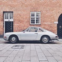 silver Porsche / photo by Robert Larsen