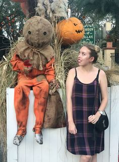 Top 5 Tips for Halloween Horror Nights Universal Orlando Universal Halloween Horror Nights, Universal Orlando, Survival Tips, Teddy Bear, Top, Animals, Survival Life Hacks, Animais, Animales