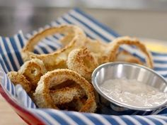 Baked Onion Rings Recipe by Bobby Deen | Maypurr