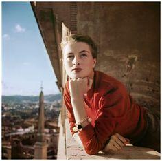 capucine-by-robert-capa-1951-on-a-balcony-in-rome.jpg