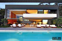 Pentagon Luxury Villa – 5 Nettleton Rd, Clifton, Cape Town, South Africa