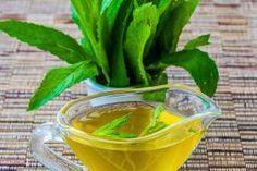 Sirop de menta Tea Cafe, Romanian Food, Pastry Cake, Health Snacks, Dental Health, Deli, Smoothies, Deserts, Food And Drink