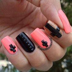 Bonitas uñas..!!!