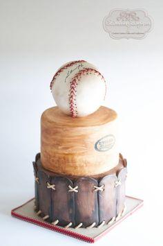 Vintage Stylized Baseball Cake #BaseballBoys