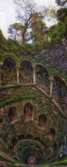 The well is located in the estate of Initiation Quinta da Regaleira in Sintra in Portugal.