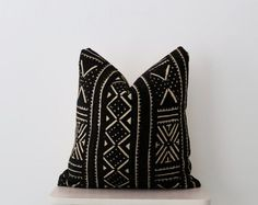 Majestic 50+ Best Mudcloth Pillows https://decoratoo.com/2017/07/13/50-best-mudcloth-pillows/ Ethnic-Eclectic can be hard to determine at first due to its very nature. African mudcloth is also referred to as bogolan. African mudcloth is also called bogolan.