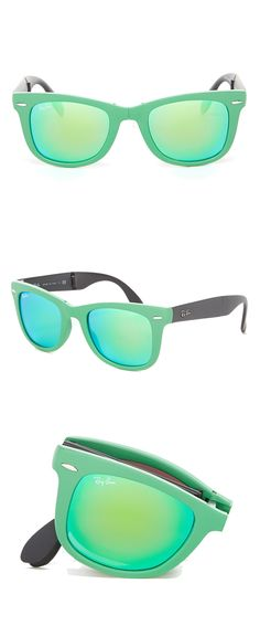Mint folding RayBan wayfarers // Genius! I want these fold up sunglasses!