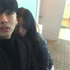 ulzzang boy and girl friends Couple Goals, Cute Couples Goals, Mode Ulzzang, Ulzzang Korean Girl, Couple Ulzzang, Korean Couple, Photo Couple, Couple Aesthetic, Girl Couple