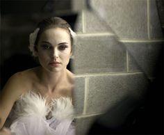 BLACK SWAN Movie Review: Oscar Best Actress Natalie Portman