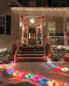 Christmas Scenery, Diy Christmas Lights, Decorating With Christmas Lights, Christmas Post, Outdoor Christmas Decorations, Christmas Music, Christmas Pictures, Simple Christmas, Winter Christmas