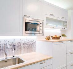 Keittiön välitilalasi Kitchen Appliances, Home Decor, Diy Kitchen Appliances, Decoration Home, Room Decor, Home Appliances, Interior Design, Home Interiors, Interior Decorating