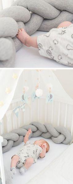 Geflochtene Bettschlange fürs Babybett, Baby Nest, Erstausstattung fürs Baby / braided baby bed made of soft jersey, nursery interior made by Annie und Ava via DaWanda.com