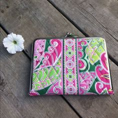 Vera Bradley Photo Album Hugs N Kisses Nwt Pink