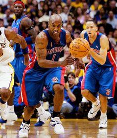 Chauncey Billups Detroit Pistons Tayshaun Prince Ben Wallace Los Angeles Lakers Detroit Basketball, Pistons Basketball, Detroit Sports, Pro Basketball, Nba Stars, Detroit Pistons, Sports Memes, Sports Figures, World Of Sports