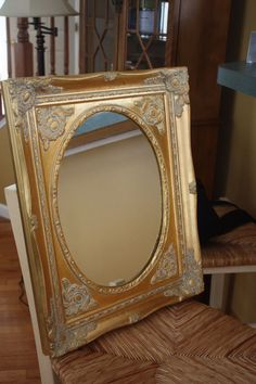 Painted Mirror With Chalk Paint and Petroleum Jelly
