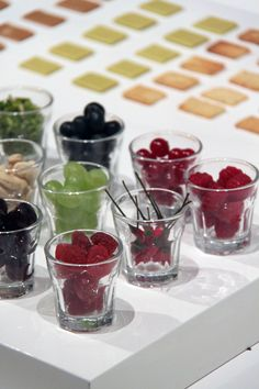 http://idesignme.eu/2013/03/sweet-play-di-elsa-lambinet/ #fooddesign #food #design #chocolate #darkchocolate #sweet #play