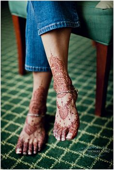 This is the ONLY type of tattoo I'd ever consider.  I've always enjoyed the look of a temporary henna tattoo.