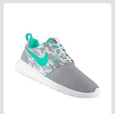 Nike shoes Nike roshe Nike Air Max Nike free run Nike USD. Nike Nike Nike love love love~~~want want want! Nike Shoes For Sale, Nike Shoes Cheap, Nike Free Shoes, Nike Shoes Outlet, Running Shoes Nike, Cheap Nike, Nike Free Run 2, Nike Tenis, Adidas
