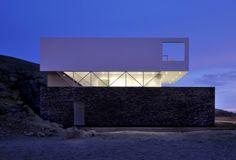 Casa en Las Palmeras / Artadi Arquitectos