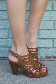 Caged Open Toe Ankle Strap Heels Sunlus-H – UOIOnline.com: Women's Clothing Boutique