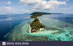 Dieses Stockfoto: Inseln des Indo Pacific - Luftaufnahmen - 2BAK1KD aus der Alamy-Bibliothek mit Millionen von Stockfotos, Illustrationen und Vektorgrafiken in hoher Auflösung herunterladen. Aerial Photography, Illustration, Island, Outdoor, Islands, Places, Outdoors, Illustrations, Outdoor Games