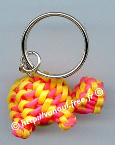 Keychain turtle made out of Scoubi-Doggle (Aka Scoubidou, Boondoggle, gimp, rexlace) String Crafts, Wire Crafts, Crafts To Make, Fun Crafts, Arts And Crafts, Creeper Minecraft, Gimp Bracelets, Lanyard Bracelet, Paracord Bracelets