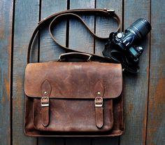 Handmade Leather DSLR Camera Bag Messenger von ChrisLeatherStudio