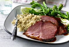 From beef-loaded bubble and squeak to the classic deli-style Rueben and a sticky Asian-style glaze, enjoy succulent silverside for every meal with our ultimate corned beef collection. Entree Recipes, Beef Recipes, Cooking Recipes, Healthy Recipes, Easy Weekday Meals, Easy Meals, Silverside Beef, Bubble And Squeak, Tasty