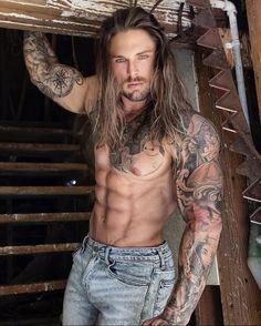 Tatted Men, Hot Guys Tattoos, Long Beards, Country Men, Raining Men, Muscle Men, Bearded Men, Gorgeous Men, Sexy Men