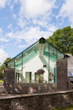 Trombe - The Architecture of Glass Minimalist Architecture, Architecture Design, Modern Glass, New Builds, Conservatory, Modern Design, Cottage, Exterior, House Design
