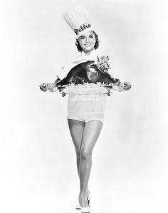 Debbie Reynolds serves up some turkey for Thanksgiving Vintage Hollywood, Classic Hollywood, Tammy And The Bachelor, The Unsinkable Molly Brown, Vintage Thanksgiving, Thanksgiving Turkey, Vintage Holiday, Thanksgiving Greeting, Happy Thanksgiving