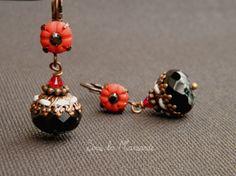 Boucles d'oreilles classiques, Méli / Boucles d'oreilles rouge et noir est une création orginale de Sous-La-Mansarde sur DaWanda