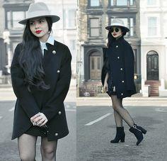 Get this look: http://lb.nu/look/8580915  More looks by Clara Campelo: http://lb.nu/claracampelo  Items in this look:  Coat   #elegant #retro #street