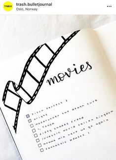 17 Minimalist Bullet Journal Spreads For A Simple Stress-free Life Level up your creativity, organization and productivity levels through these minimalist bullet journal spreads. Bullet Journal School, Bullet Journal Inspo, Bullet Journal Spreads, Bullet Journal 2019, Bullet Journal Notebook, Bullet Journal Aesthetic, Book Journal, Bullet Journal Films, Art Journals