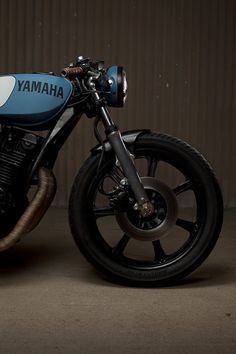 Yamaha XS750 Cafe Racer by Ugly Motorbikes - via Silodrome