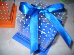 Lulê Art - Embalagens para docinhos: Caixa de Acetato Poá para Cupcakes - NOVO!