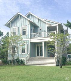 41 Ideas Exterior Paint Colours For House Florida Beach For 2019 Beach House Colors, Beach House Decor, Beach Houses, Exterior Paint Colors For House, Paint Colors For Home, Paint Colours, Style At Home, Beach House Plans, Beach Cottage Style