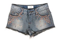 Denim studded shorts- Yes please! :D hello aztec pattern brightly coloured top for the days where I feel daring. Aztec Scarves, Hippie Music, Studded Shorts, Festival Looks, Summer Wardrobe, Festival Fashion, Mistress, Festivals, Monochrome