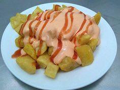 Patatas a la Brava. Reserva online en EligeTuPlato.es