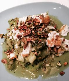 🍴 #beautifulcuisines #food4thought #foodie #foodshare #foodstagram #icapturefood #comfortfood #HealthYeah #healthyeating #foodsforthought #foods4thought #thekitchn @thekitchn #foodphotographer #foodphotography #healthylifestyle #eathealthy #courgetti #courgette #zoodles #zuchini #annajones Comfortfood, Pistachio, Ricotta, Healthy Lifestyle, Food Photography, Healthy Eating, Cooking, Ethnic Recipes, Pistachios
