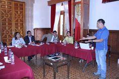 Los diputados José Guadalupe Aguilera y Alma Mireya González, presidente e integrante, respectivamente, de la Comisión de Turismo atendieron a empresa michoacana especializada en la materia – Morelia, Michoacán, 18 ...