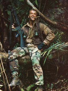 Arnold Schwarzenegger as behind the scenes on #Predator (1987)