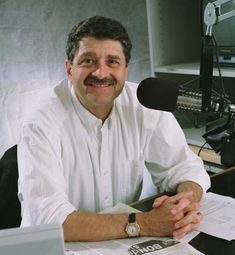 Michael Medved, love this guy!!!!!   I have had a Medhead membership for 2 years now!!  Best. Gift. Ever!